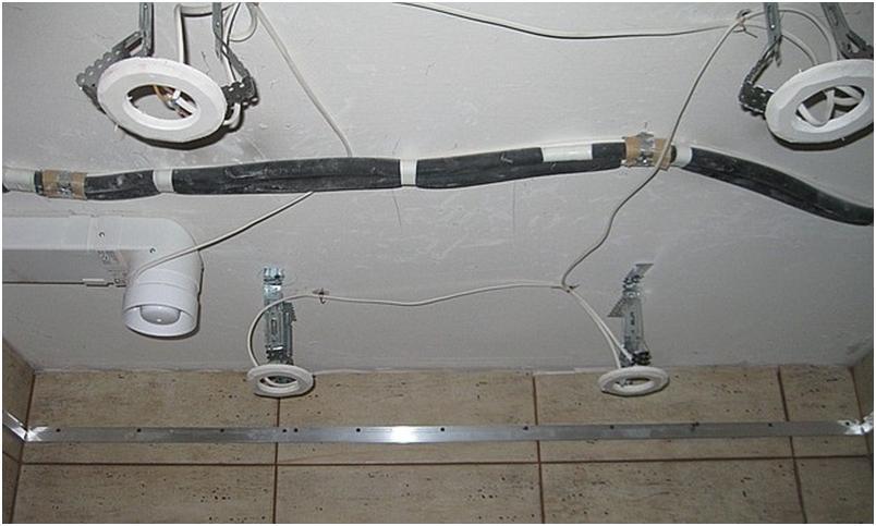 Проводка под потолком