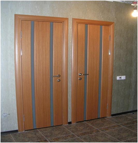 Щели между дверями и полом