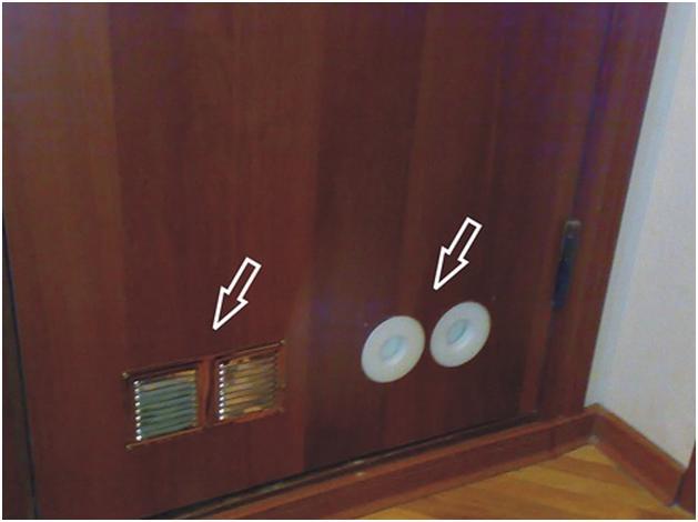 монтаж вентиляции на входную дверь