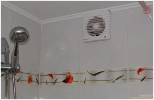 Вентилятор в ванной