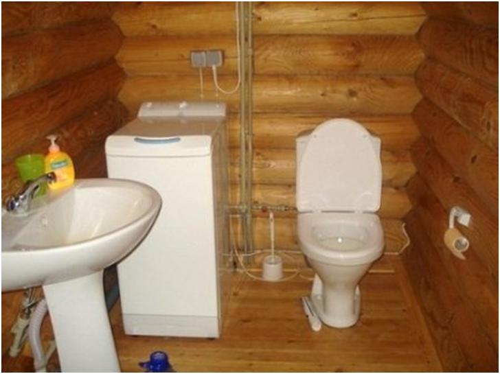 Туалеты в дачном доме своими руками