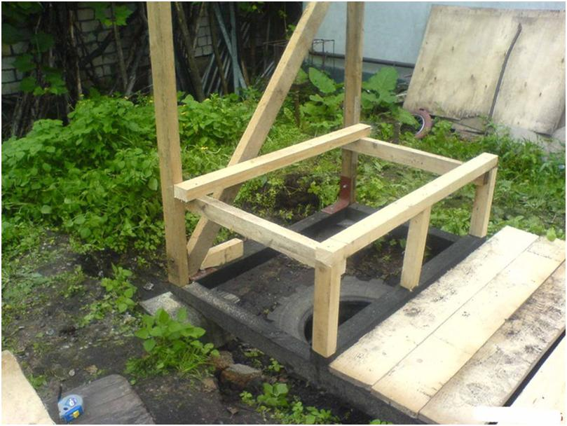 Возведение деревянной кабинки