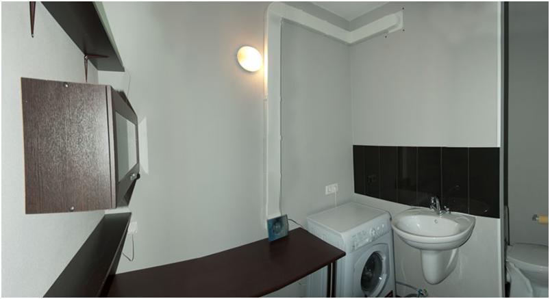 Вентиляционный короб в ванной комнате