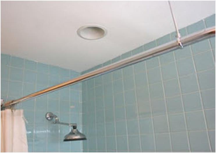 Вытяжное отверстие на потолке в ванной комнате
